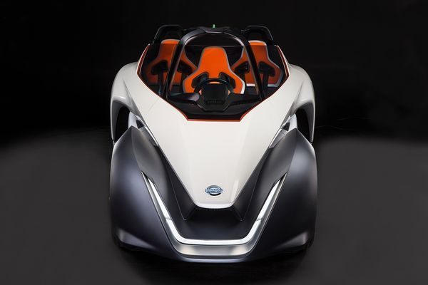 The All Electric Sports Car Showcases Nissanu0027s Committment To Zero  Emissionsu2026