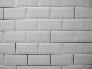 White Metro Tiles With Grey Grouting