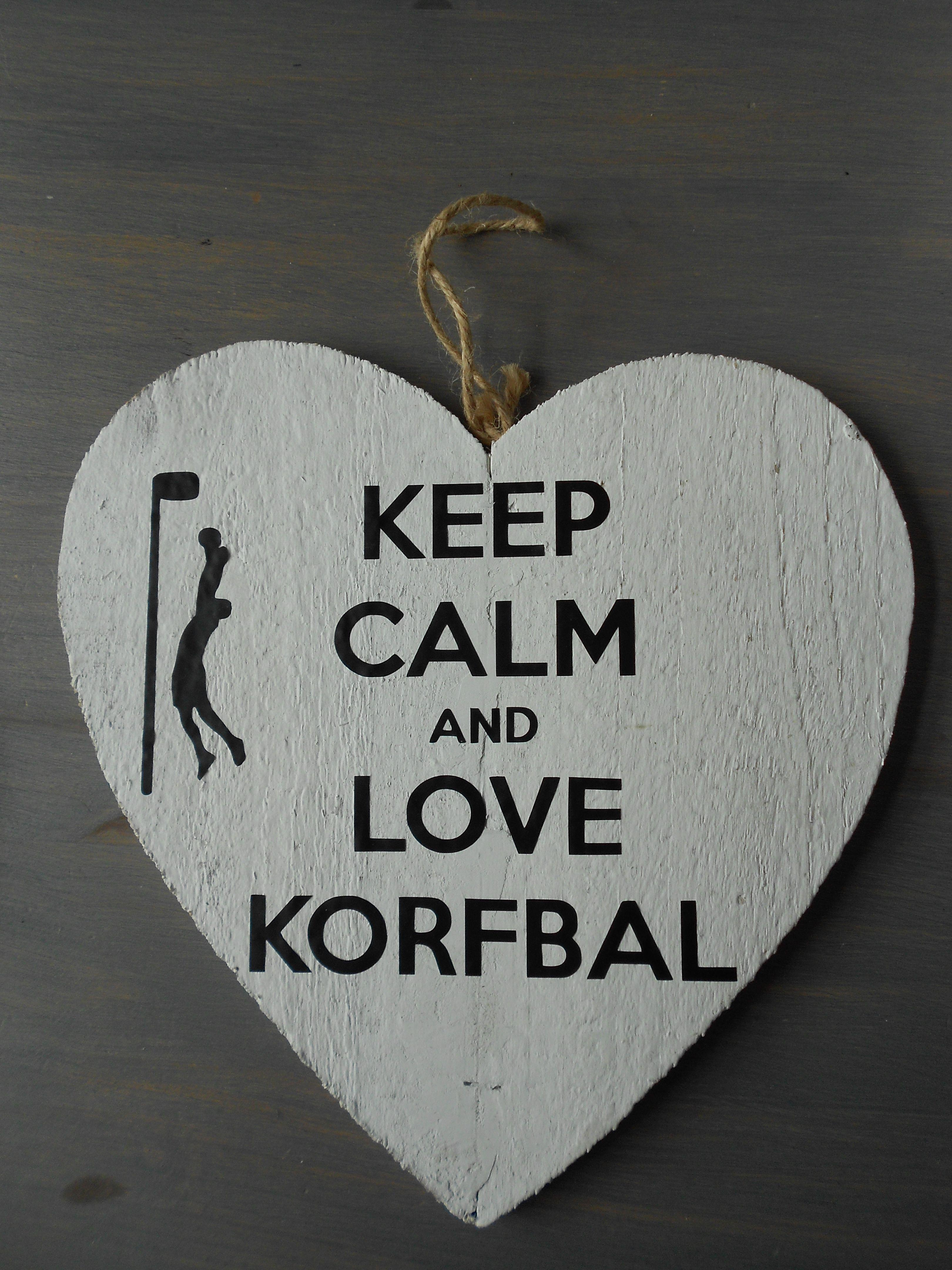Citaten Grappig Cadeau : Keep calm and love korfbal cadeautje voor de trainers als