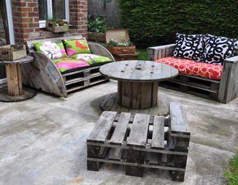 Le Salon de jardin de la seconde vie... canapé palette,touret ...