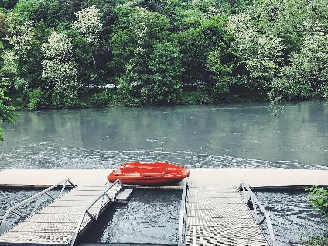 Le temps d'une promenade 🍃 #grenoble#canoe#isere#marche#instamoment#calme#nature