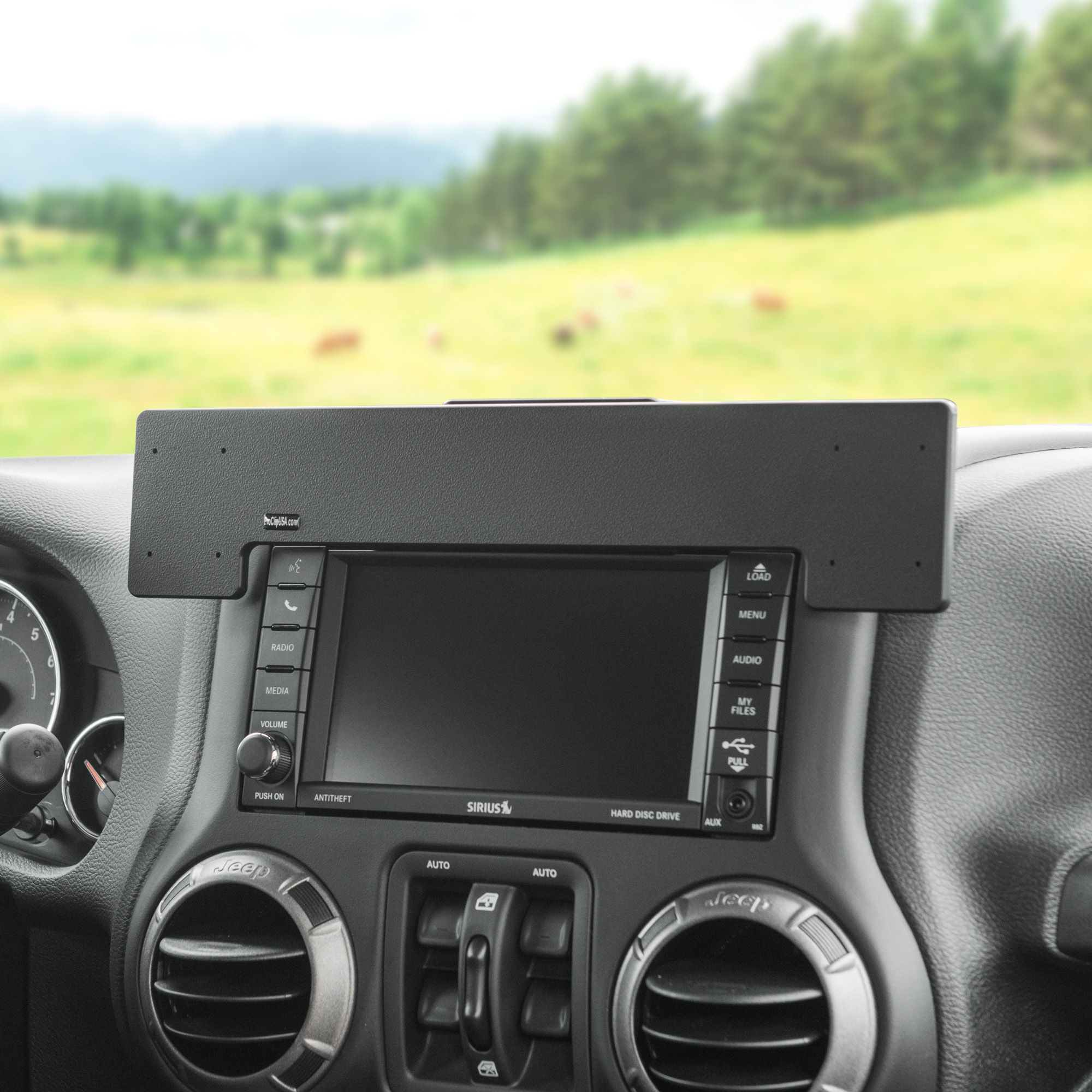 Upgrade Your Jeep Wrangler With A Proclip Extra Strength Center