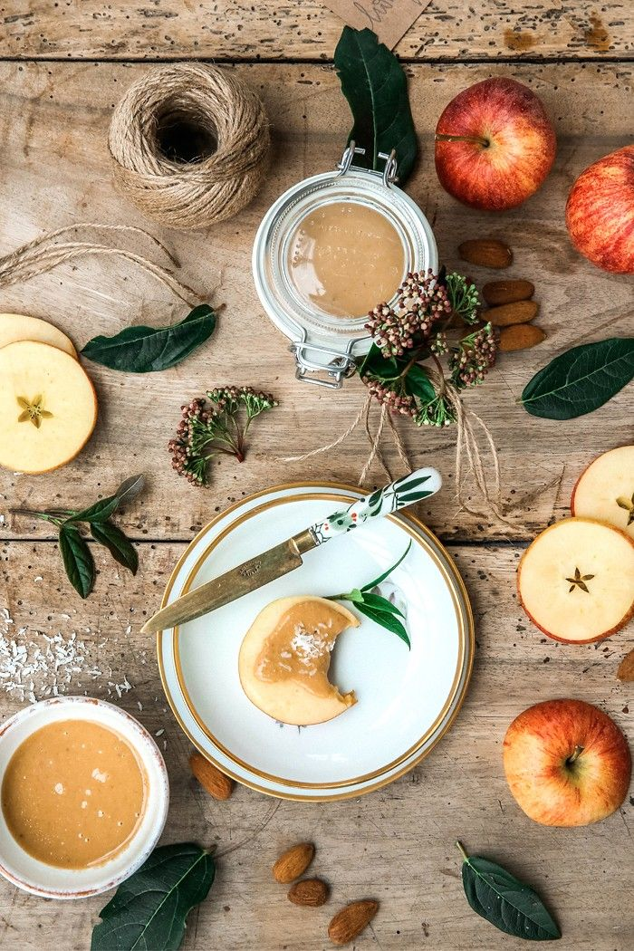 Comme Soie – Food & Styling Concepts // Homemade Almondbutter // Food Photography // Food Styling // Food Blogger // Food Stylist // Food Photographer //  Recipe