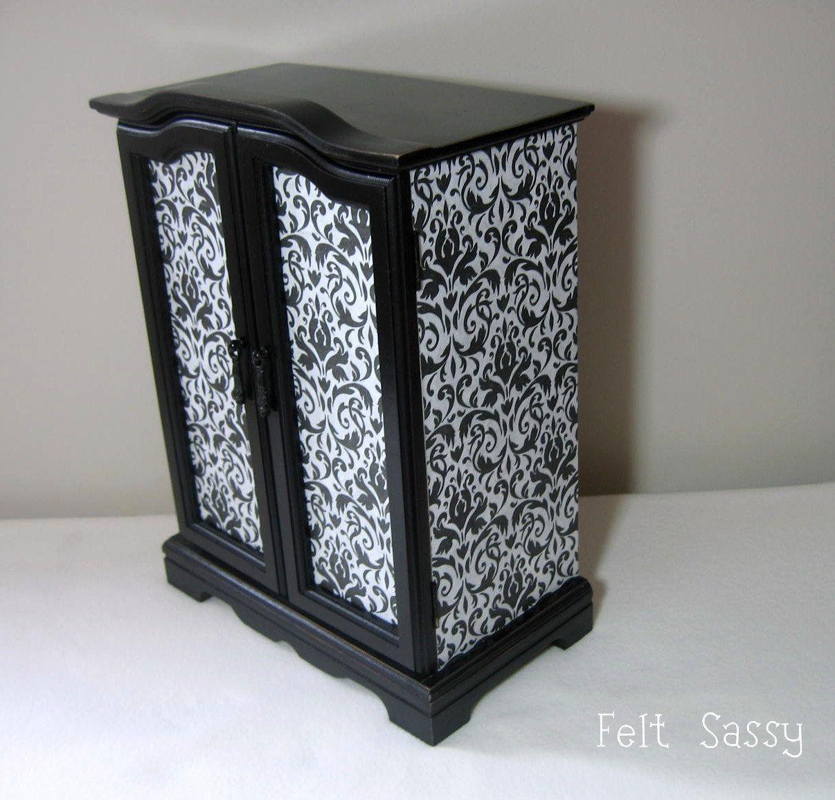 Refurbished Jewelry Box Large Burlesque Ii By