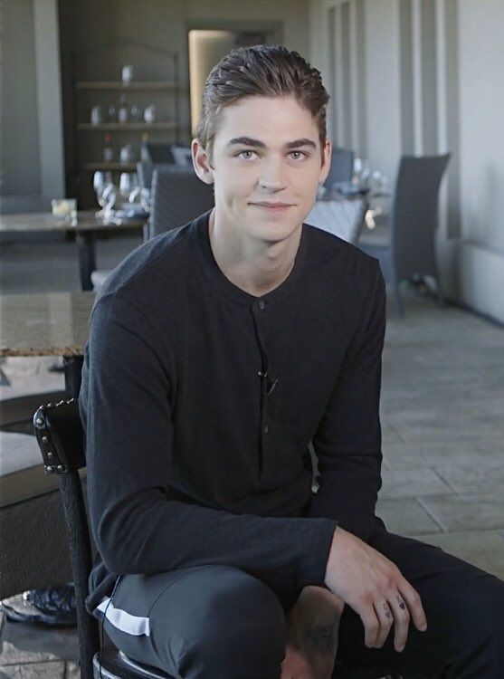 Pin By Dawnergirl On After Hardin And Tessa Hero Daddy Hero Handsome Men
