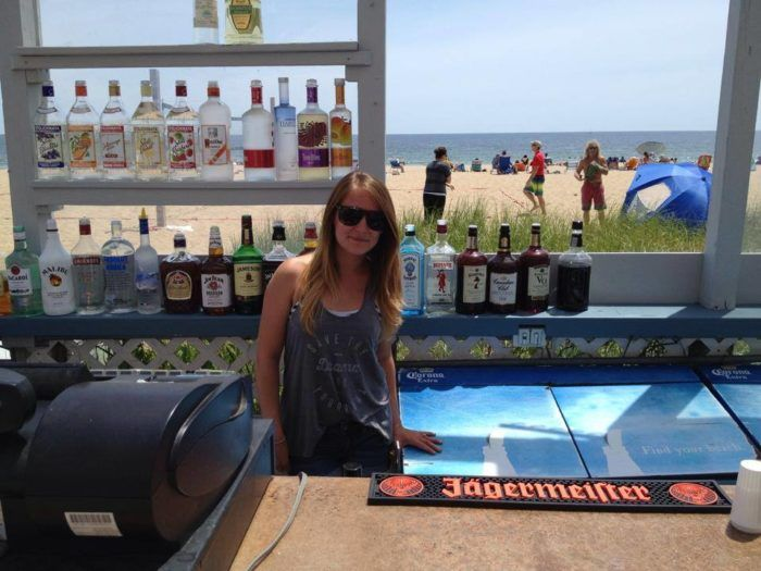 These 11 Beachfront Restaurants In Maine Are Out Of This World Old Orchard Beach Maine Old Orchard Beach Maine Travel