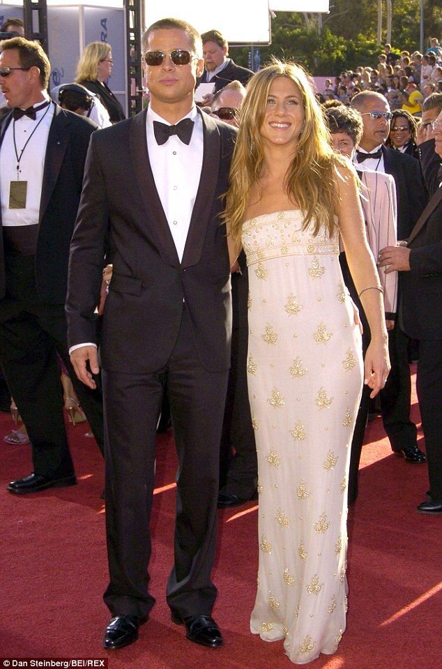 Jennifer Aniston Surprise Friends With Pitt S Other Ex Gwyneth Paltrow