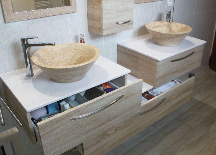 Optez pour un lavabo en pierre naturelle et un meuble de salle de - meuble salle de bain pierre naturelle