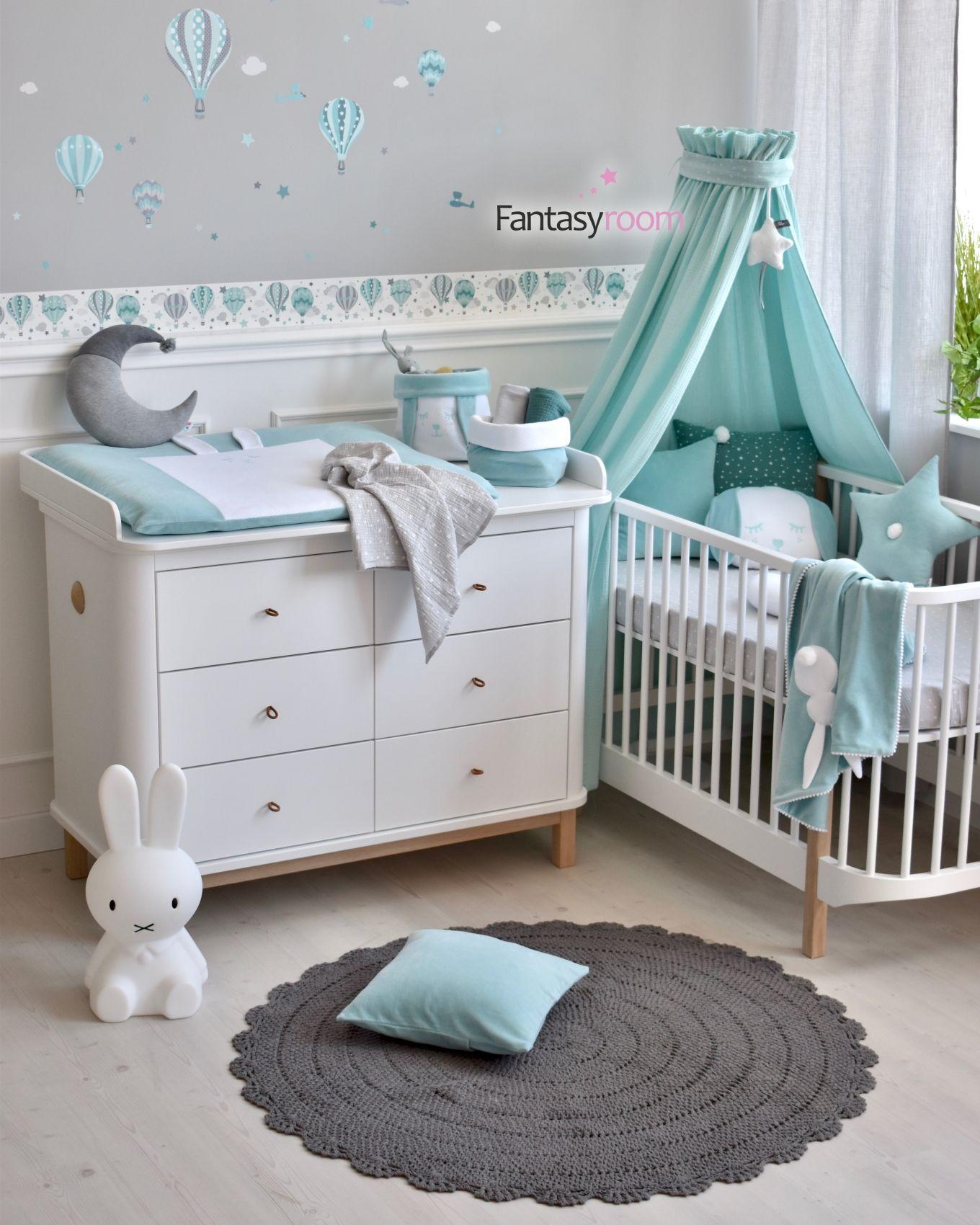 Babyausstattung aus Samt von Dinki Balloon