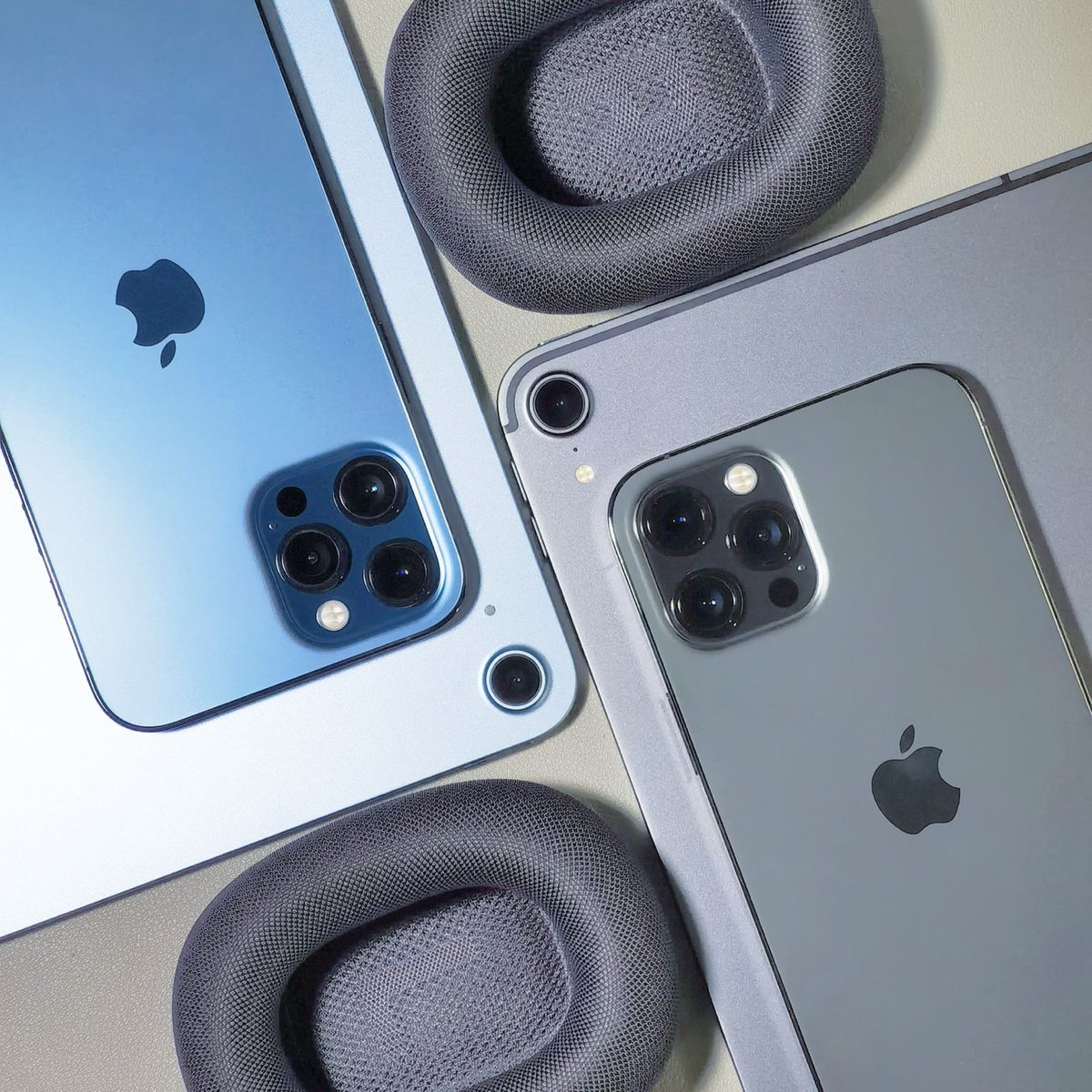 iPhone 12 Pro Max with iPad Pro 2020 / iPad Air 4 em 2021 ...