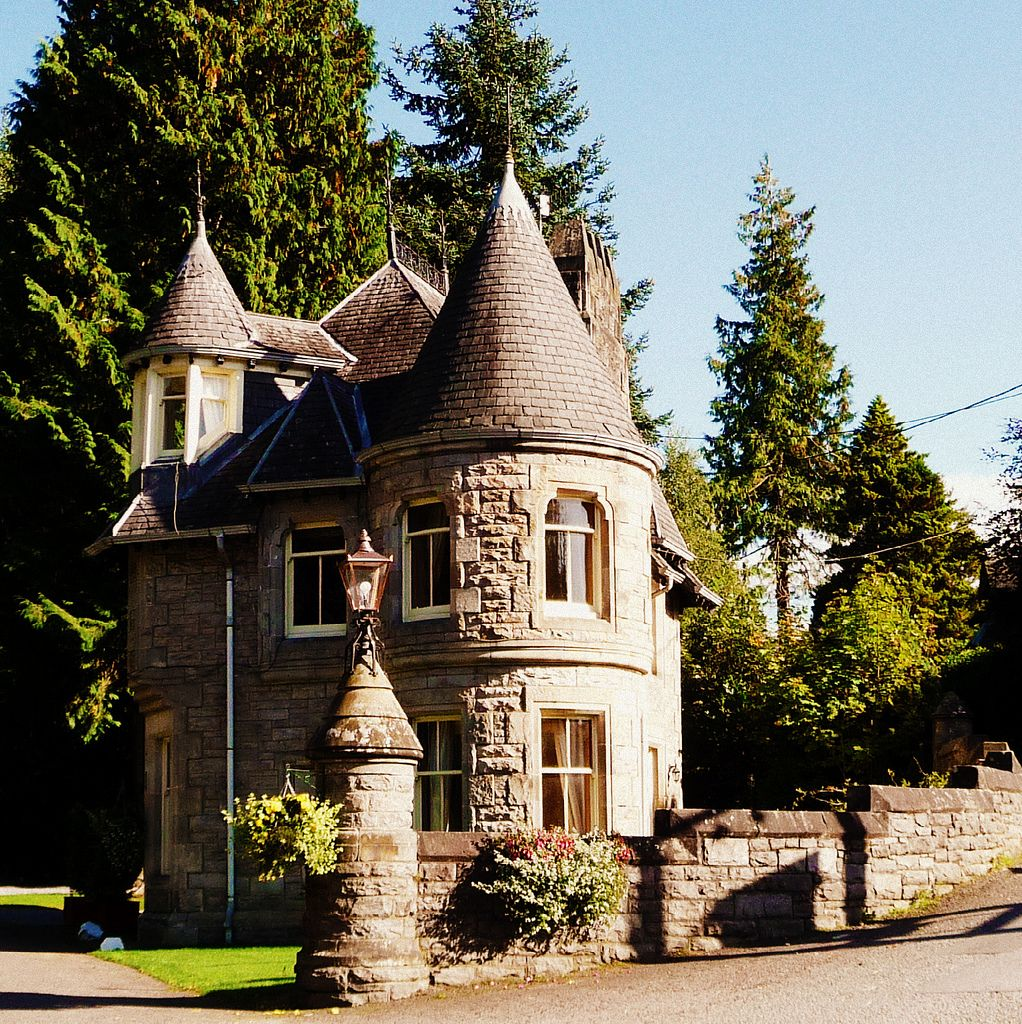 Gatehouse Atholl Palace Hotel Pitlochry Scotland Small Castles Castle House Fairytale House
