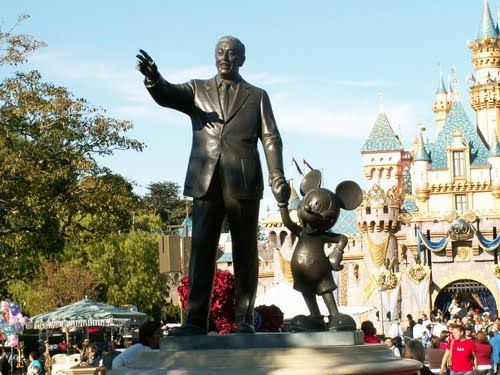 Disneyland La Walt Disney And Mickey Mouse Statue Disney