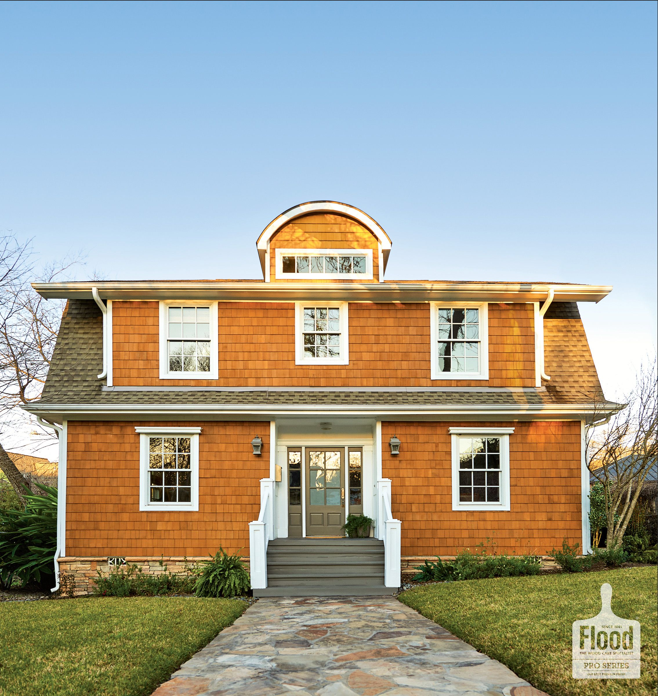 Real Cedar Shake Siding Is Protected By Flood Pro Series Cwf Uv 5 Wood Finish In Honey Gold For A Bright Wood Siding Exterior Cedar Shake Siding Wood Siding