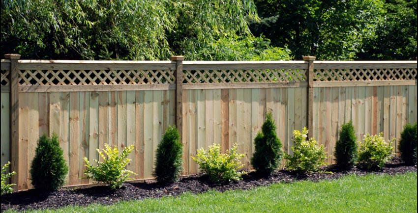 55 Lattice Fence Design Ideas Pictures Popular Types In 2020 Privacy Fence Landscaping Fence Design Backyard Fences