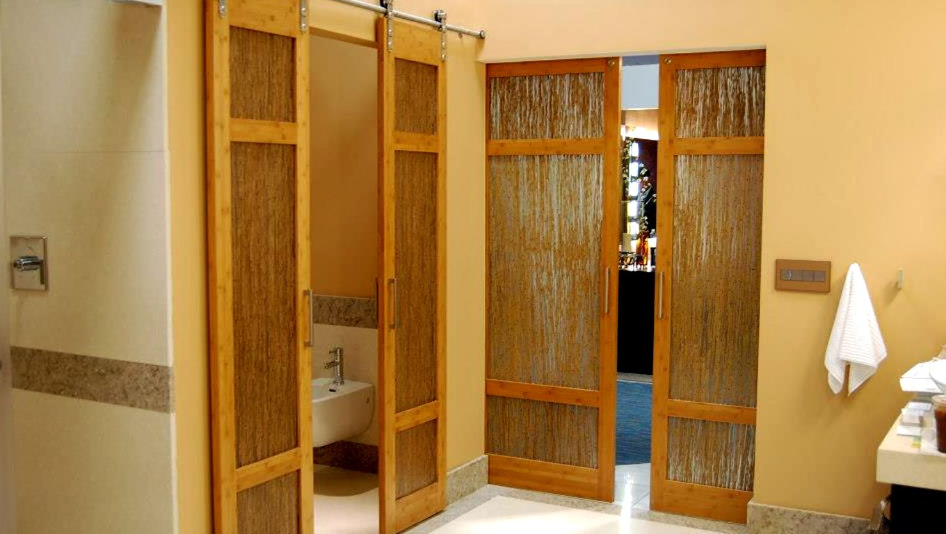 Luxury Bathroom Bamboo Barn Doors With Thatch Resin By