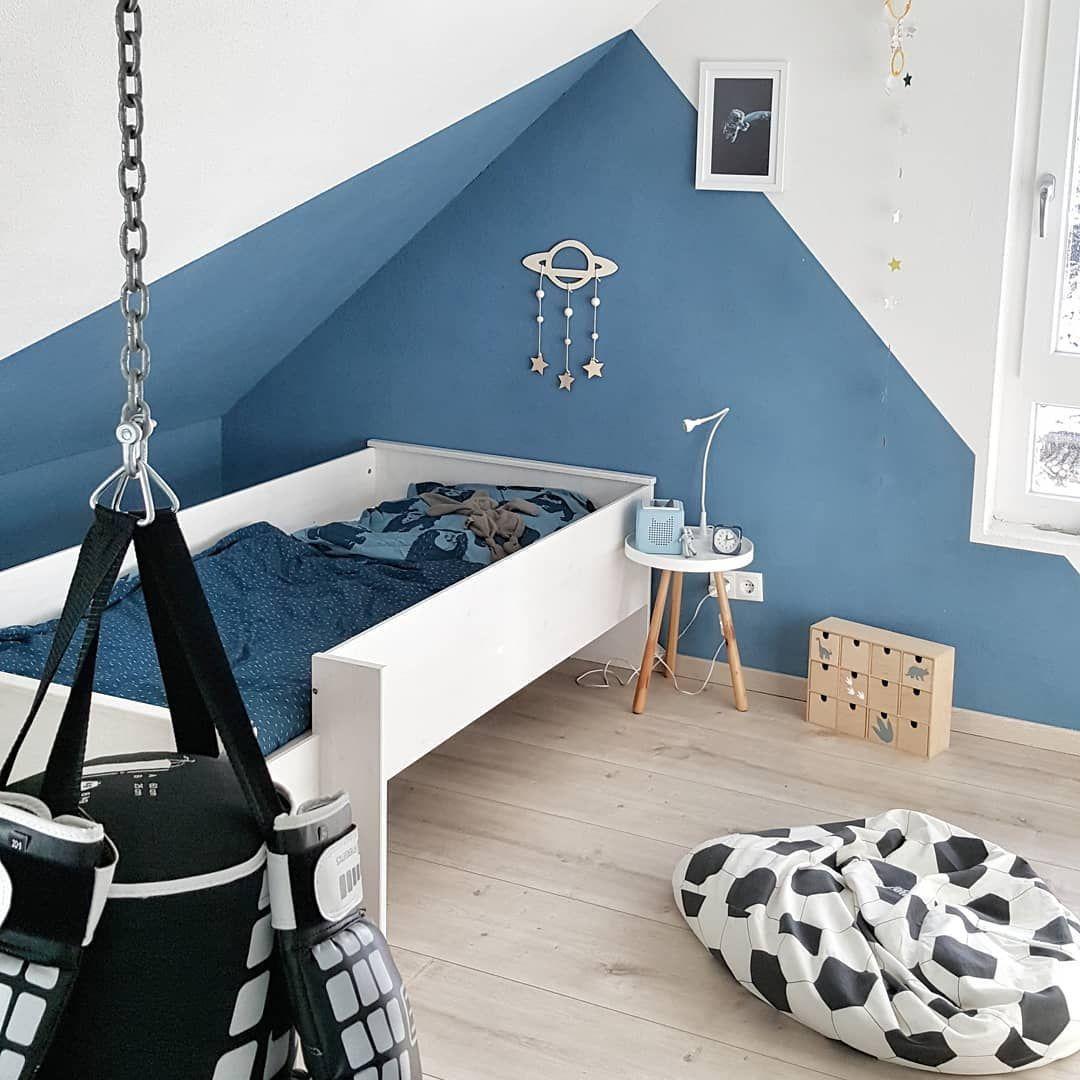 Farbgestaltung Schlafzimmer Mit Dachschräge: Wand Dachschräge Kinderzimmer