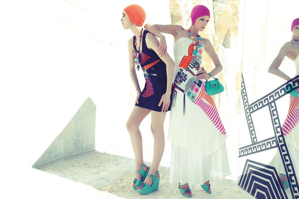 Formas geométricas definen los vestidos de esta colección 2012. Próximamente en UbersClub
