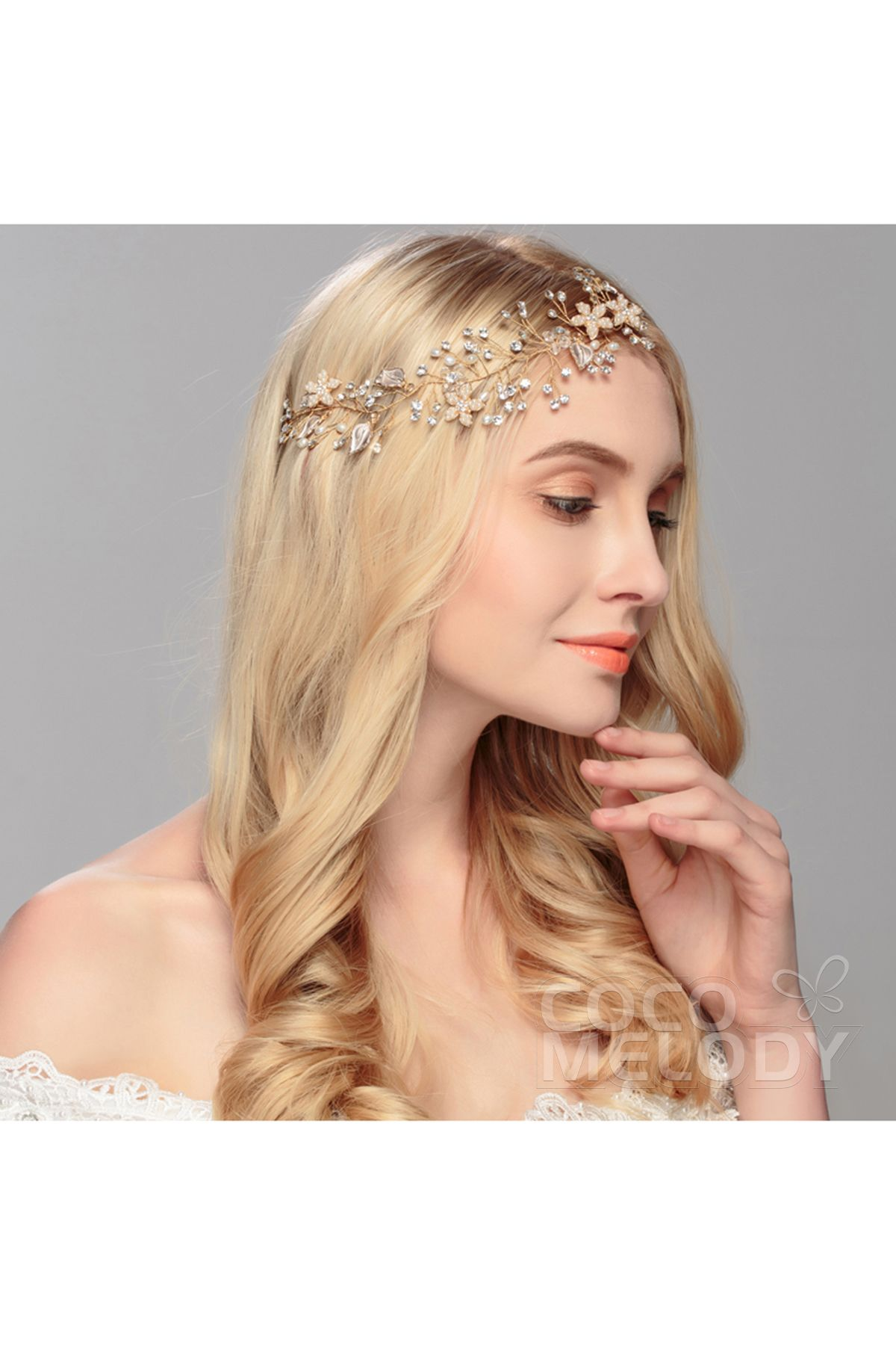 Graceful Gold Alloy Wedding Headpiece with Crystal and Imitation