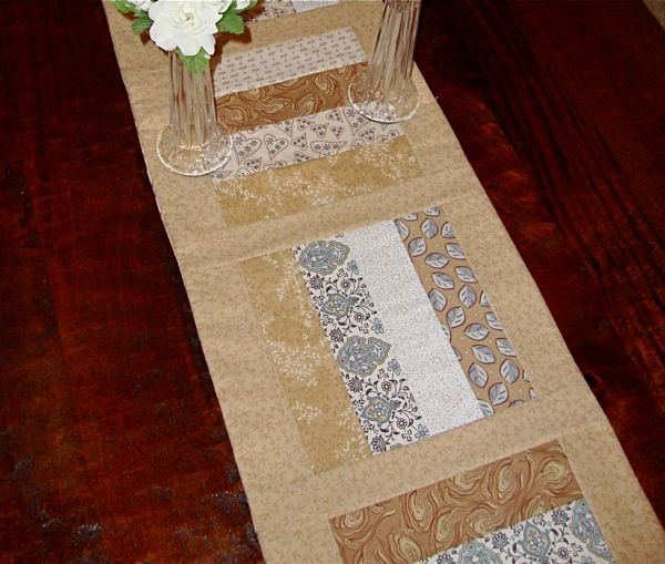 25 Unique Table Runner Tutorial Ideas On Pinterest