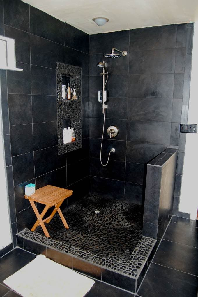 20 modern bathrooms with black shower tile open showers for Minimalist small bathroom design