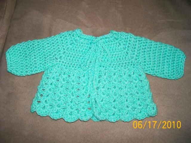 15 Free Baby Sweater Crochet Patterns | Barbie, Puppen und Häkeln