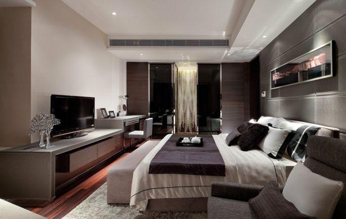 Fernseher Schlafzimmer ~ Modern schlafzimmer dekorieren ein großes doppelbett ein grauer