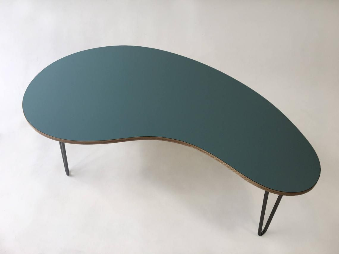 Kidney Bean Shaped Mid Century Modern Coffee Or Cocktail Table In