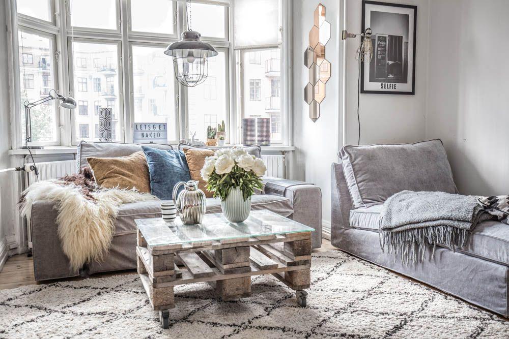 The Minimal Layered Boho Living Room Of Fashion Blogger Simone Moelle