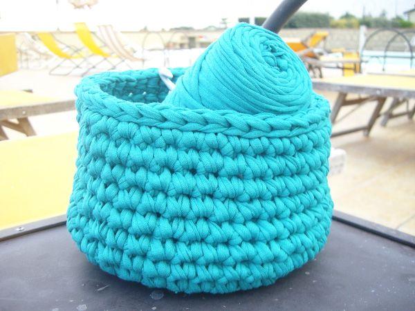 mon panier crochet au bord de la piscine tuto facile rock my laine crochet pinterest. Black Bedroom Furniture Sets. Home Design Ideas