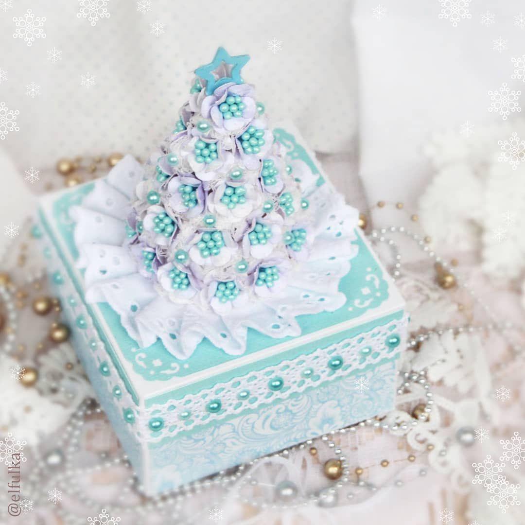 Новогодняя открытка из сладостей