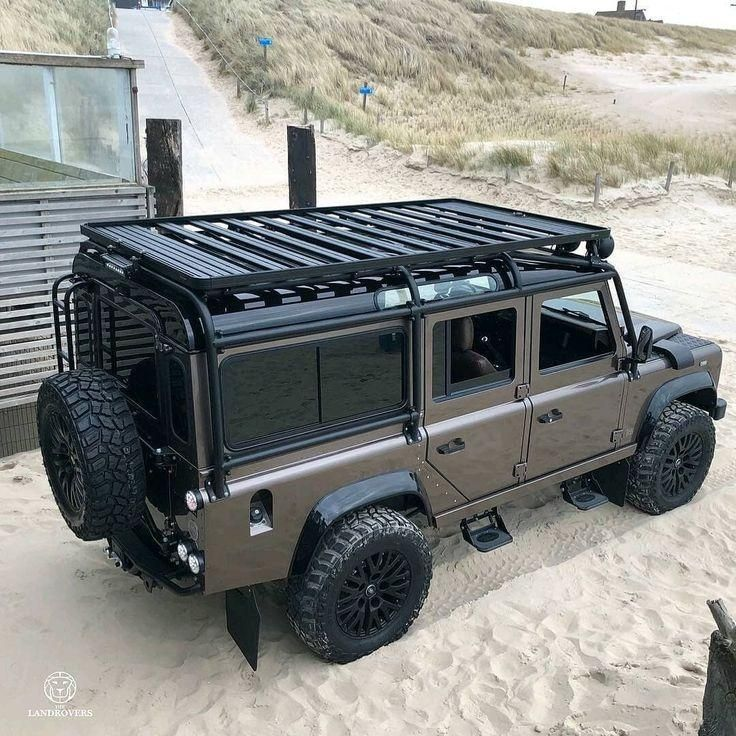 @thelandrovers Beast Follow us ---> @dailyoverland Land Rover  - Defender -