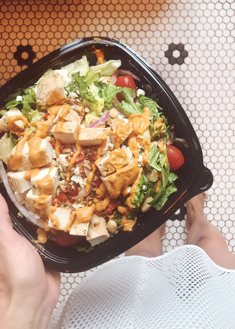 The Best Drive Thru Salads Darling Be Daring Darling Be Daring Fast Healthy Meals Healthiest Fast Food Salads Healthy Fast Food Options