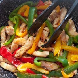 Piletina sa paprikom