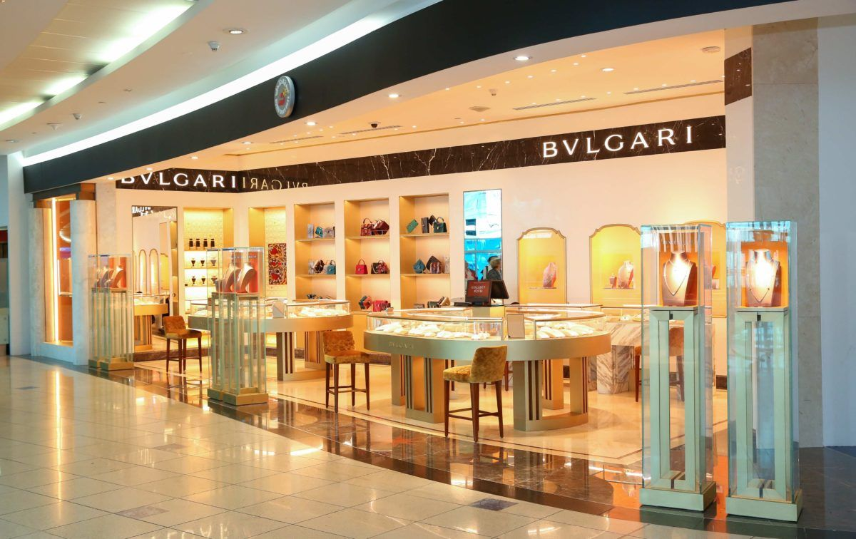 Bvlgari And Dubai Duty Free Unveil Peter Marino Concept Boutique Global Travel Shopping Guide Global Travel Dubai Boutique
