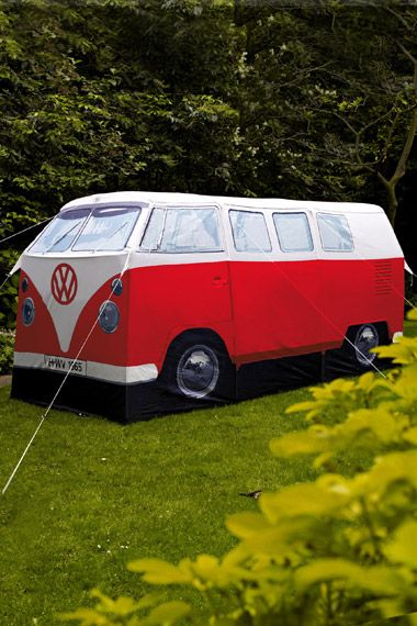 zelt im vw campingbus design bei urban outfitters wish. Black Bedroom Furniture Sets. Home Design Ideas