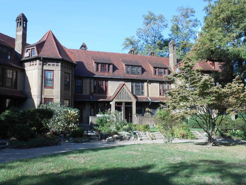 b10621d8f082f71e19b08ce60a403d94 - Forest Hills Gardens Real Estate Sotheby's
