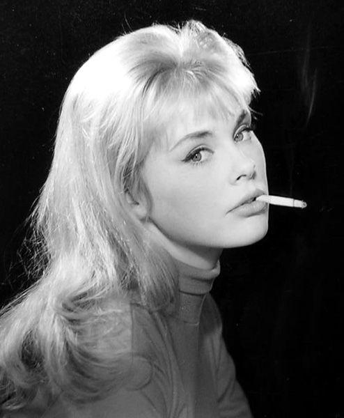 Elke Sommer, Playboy 1967 Gala Christmas Issue  People -9816