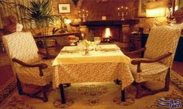 مطعم في روما من أروع مطاعم العالم مطعم Solo Per Due في ايطاليا من أفخم وأصغر المطاعم في العالم فهو يؤمن Small Restaurants Restaurant Unique Restaurants