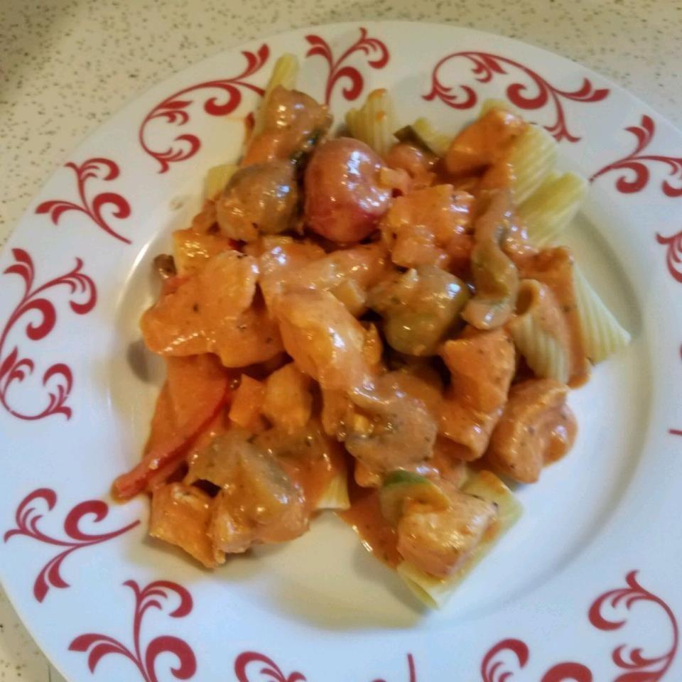 Chicken pasta in tomato cream sauce #tomatocreamsauces