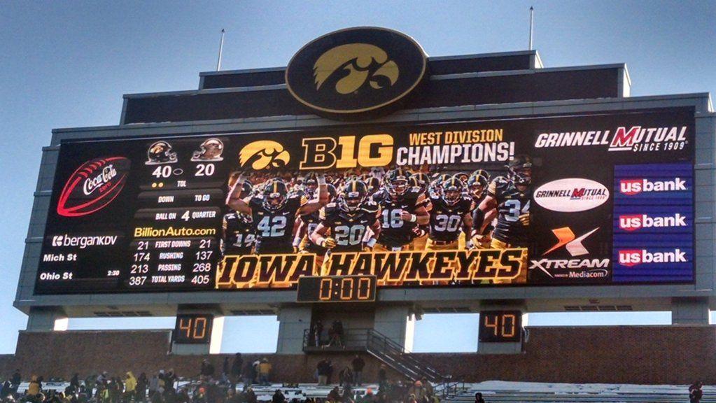 Tom Kakert on (With images) Iowa hawkeye, Iowa, Hawkeyes
