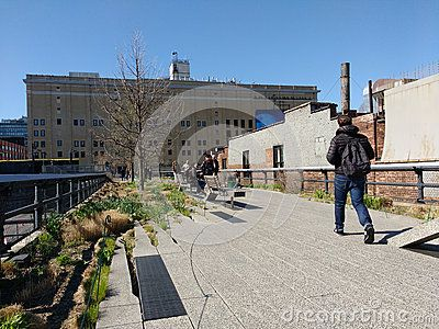 The High Line Park In New York City Is An Elevated Urban Linear Public Park On This Beautiful Day In New York City Touris Park In New York New York City