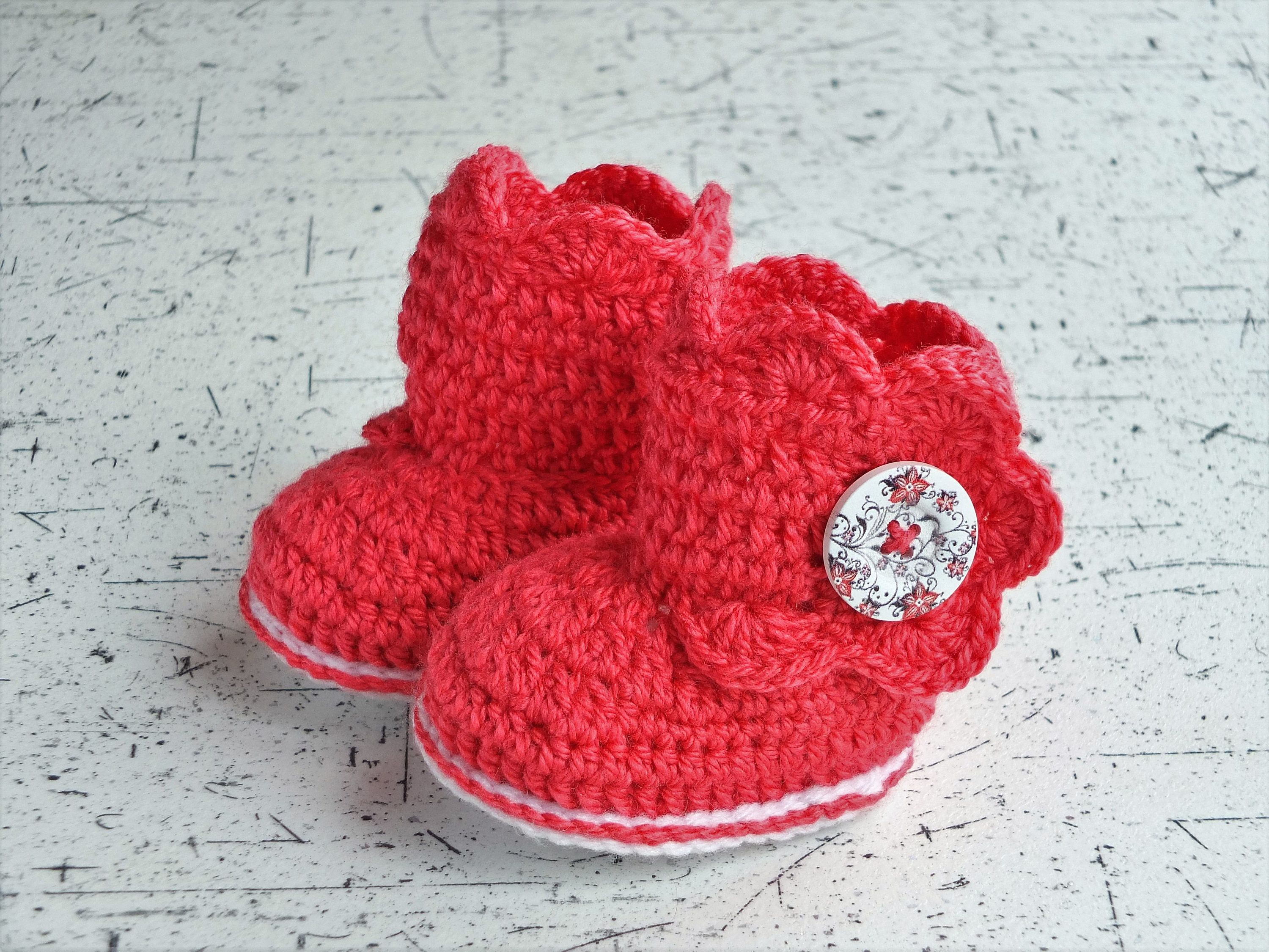 Red baby boots Crochet baby booties Baby girl shoes Red baby