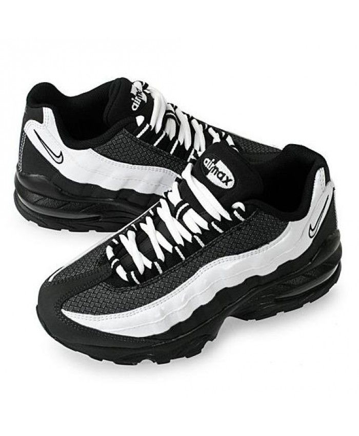 brand new a12ab 48b69 Nike Air Max 95 Junior Black White Trainers | air max 95 ...