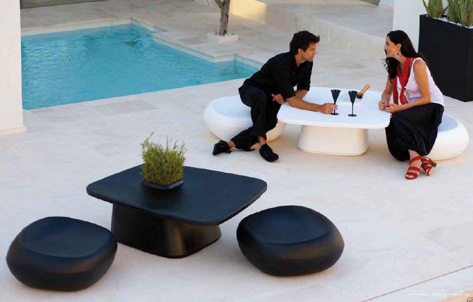Mesas auxiliares de diseño modelo moma decoración beltran