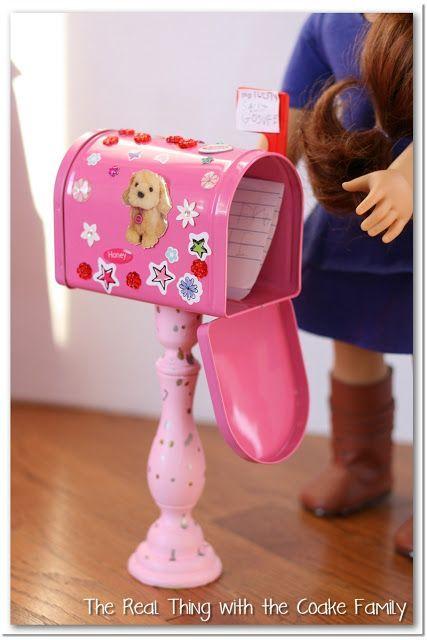 American Girl Craft {Valentine Mailboxes} #americangirldollcrafts