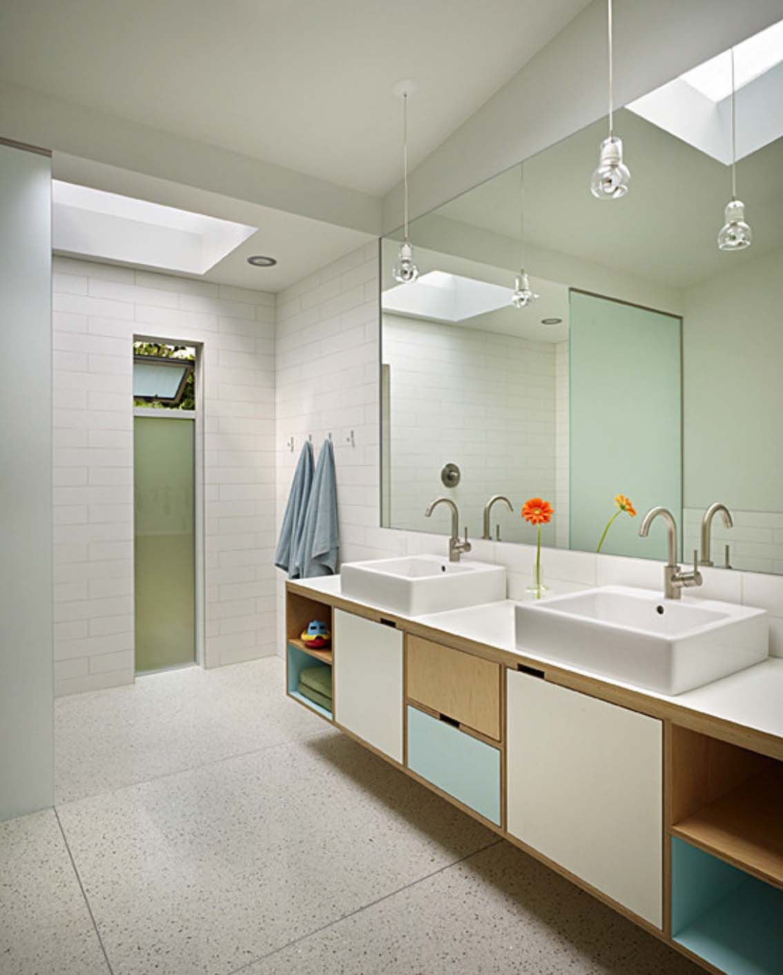 37 Amazing Mid-century Modern Bathrooms To Soak Your