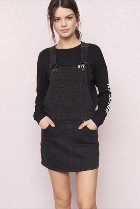 chaussures de séparation 81de4 5ca3f Salopette-jupe noir vintage | cool outfits | Casual outfits ...