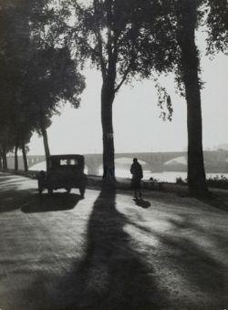 Dr. Paul Wolff - En chemin vers le bureau, près de Tours, France, 1920