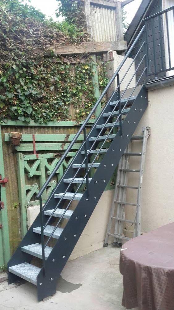 escalier exterieur galvanise en kit