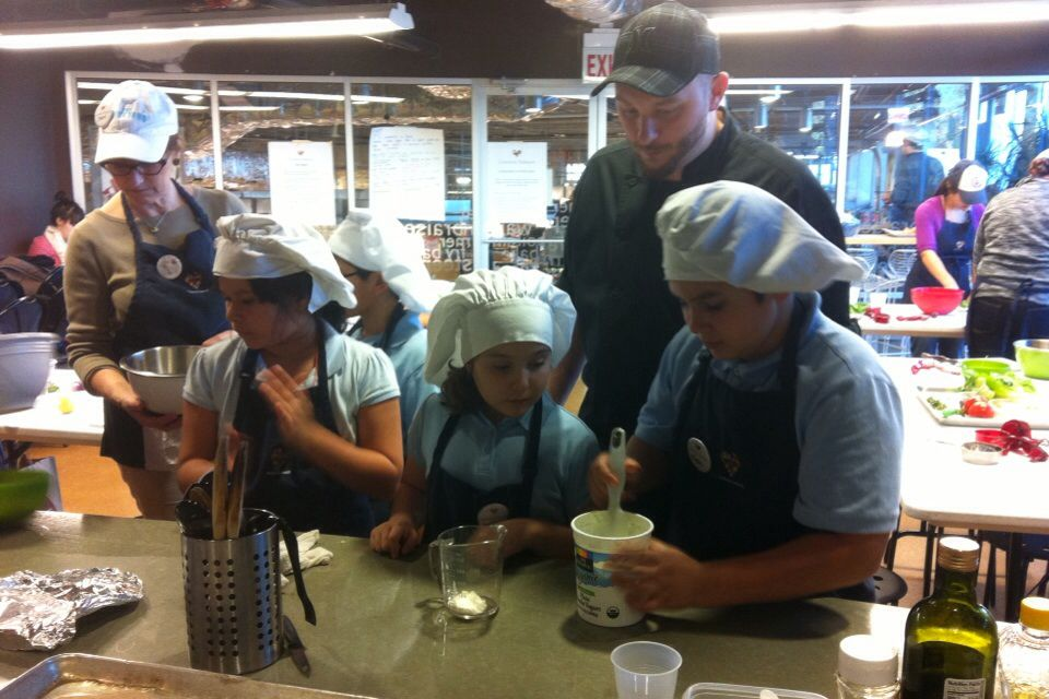 Common Threads class at Whole Foods Lincoln Park w/ Chef
